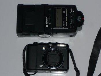 カメラとストロボ.jpg